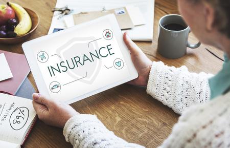 Versicherungsschutz Mix Erstattung Schutzkonzept Standard-Bild - 78319480