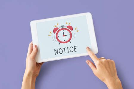 Digitale tablet alarm melding voor belangrijke afspraak