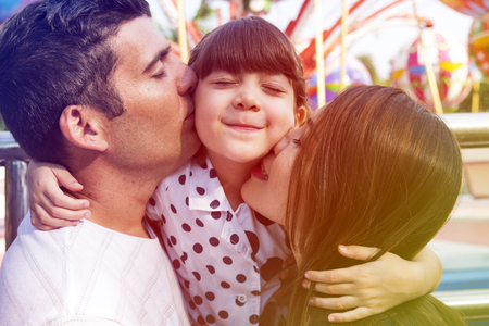家族の休日休暇一体の愛のキス