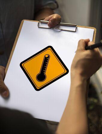 Temometer Teken aandachtsbanner op papier