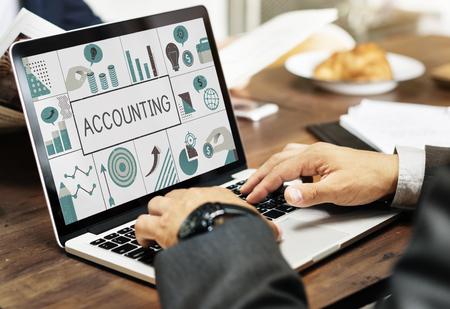 Illustration of financial marketing business plan on laptop Imagens