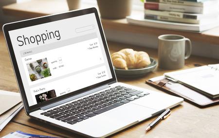 Comercio electrónico en línea Planta de venta de las compras Foto de archivo - 78475328