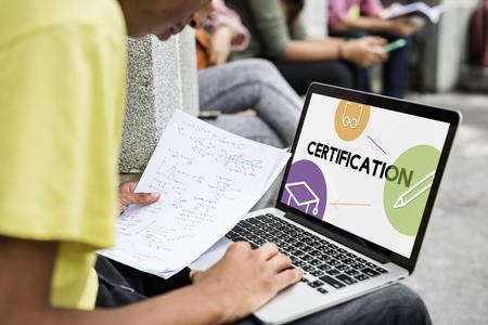 E-Learning-Fernunterrichtsikonenschnittstelle Standard-Bild - 78514686