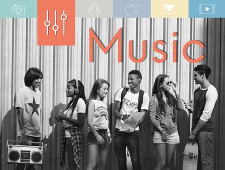 Música Digital Multimedia Ocio Multimedia Foto de archivo - 78479827