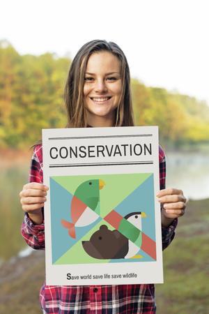 Vrouw met sparen dieren banner
