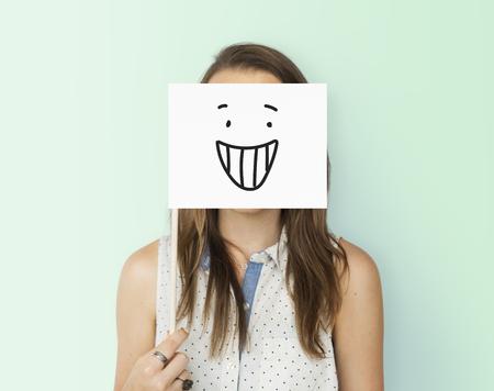 Dibujo Expresiones faciales Emociones Sentimientos Foto de archivo - 78889236