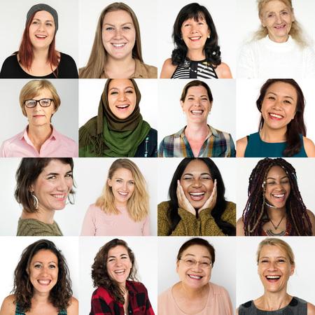 笑顔幸せ式コレクション コラージュ多様性女性
