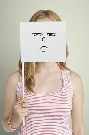 Dibujo Expresiones faciales Emociones Sentimientos Foto de archivo - 79239808