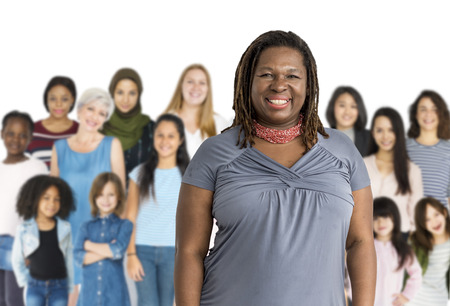 niños diferentes razas: Various of diversity women generation group standing with smiling on background