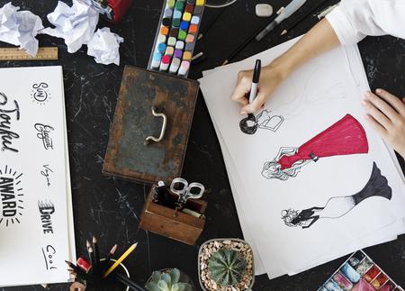 設計図のスケッチの創造性を絵画の描画フォント言葉