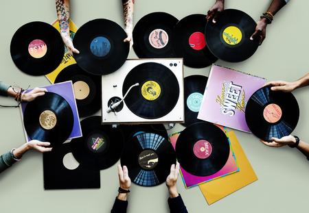 Hands with vinyl records Archivio Fotografico - 113427614