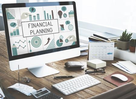 컴퓨터에 금융 비즈니스 차트 투자의 그림