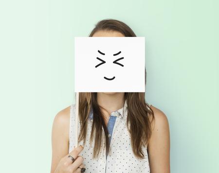 Expresiones faciales faciales sentimientos de dibujo Foto de archivo - 80272128