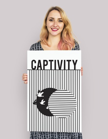 Graphic of bird unleashed from captivity to freedom Stock fotó - 80324601