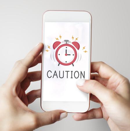Notification d & # 39 ; alarme portable téléphone pour le rendez-vous important Banque d'images - 80371531