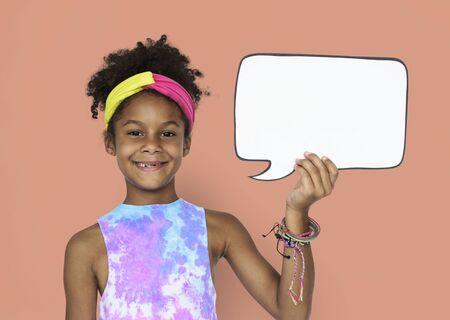 Little African Girl and Speech Bubble Banco de Imagens - 80272439