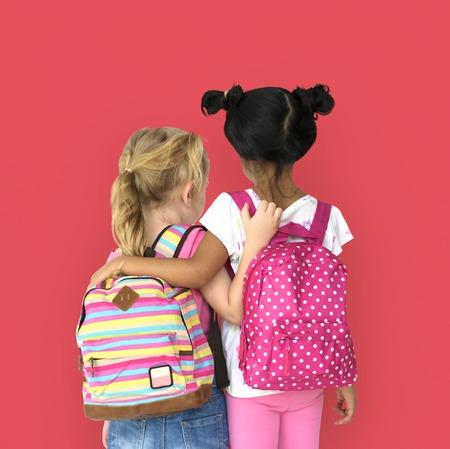 女の子バックパック背面図