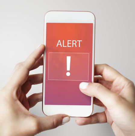 Ausrufezeichen Warnung Warnung Benachrichtigung Zeichenschild Standard-Bild - 80339278