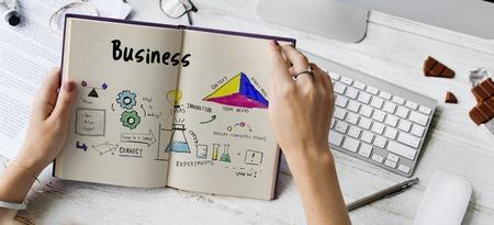 ビジネス戦略アクション成功達成スケッチ