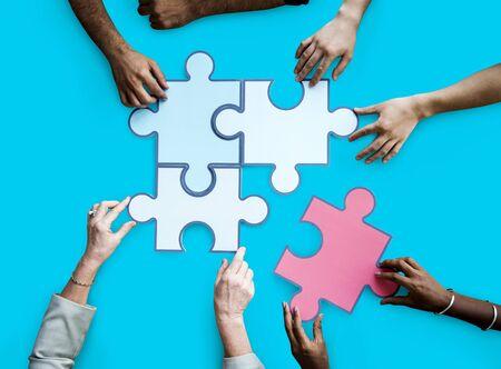 Zusammengehörigkeit Verbindung Teamwork Puzzle Spiel Standard-Bild - 80376478