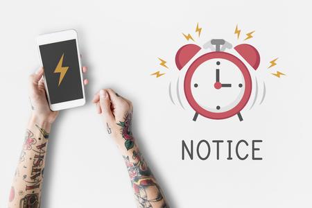 Notification d & # 39 ; alarme portable téléphone pour le rendez-vous important Banque d'images - 80352224