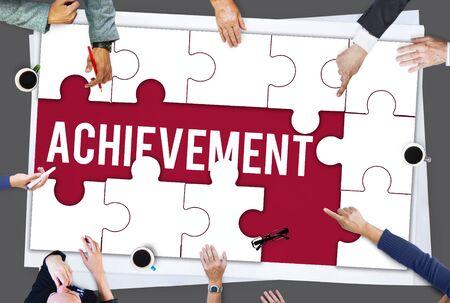 성공 업적 개선 퍼즐 조각 스톡 콘텐츠