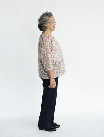 古い女性全身肖像側ビュー