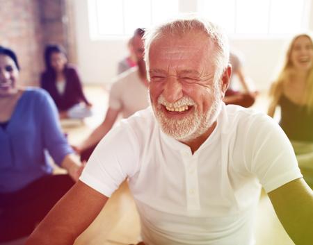 Verschiedenartigkeit Menschen Übung Klasse Relax-Konzept