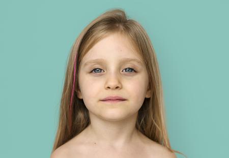 Retrato de estúdio de topless de peito nu menina Foto de archivo - 80378914