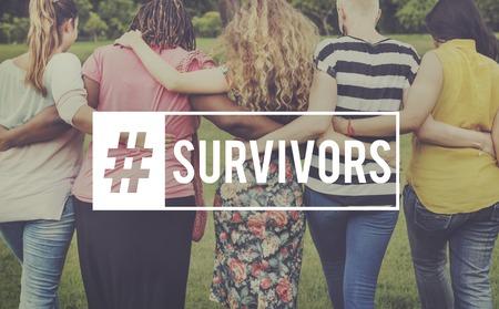 Los sobrevivientes donan generosidad inspirada dando Foto de archivo - 80583539