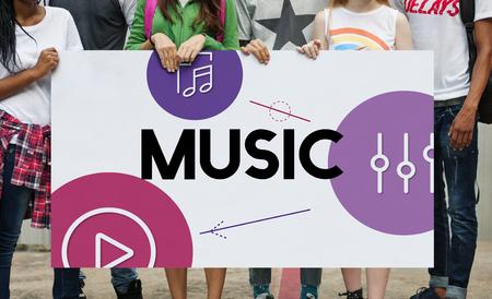 音楽ストリーミング メディア エンターテイメント イコライザー