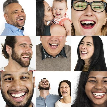 웃는 얼굴 식으로 사람들의 콜라주