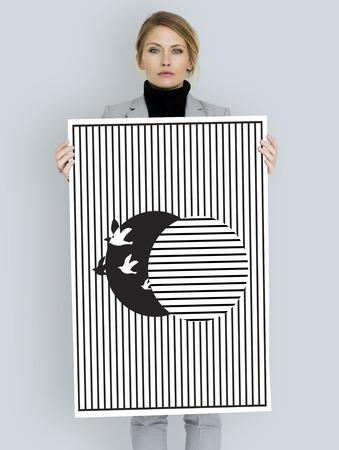 unleash: Illustration of bird unleash from the illusion cage