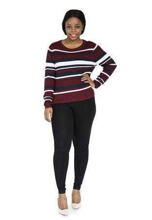 아프리카 여자 서있는 엉덩이에 손 스톡 콘텐츠