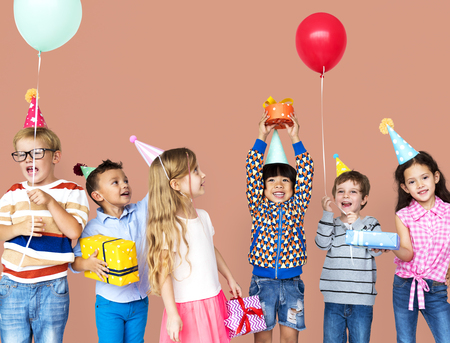 Group of Diversity Kids Party Together 版權商用圖片 - 80750697
