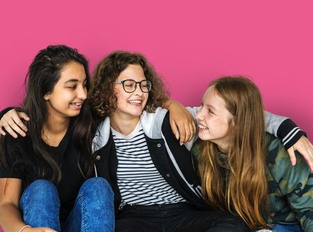 spolužák: Group of Diverse Young Adult Friendship Together Tutorial