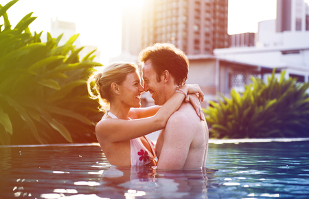 Photo Gradient Style with Couple Lover Activity Happiness Lifestyle Imagens