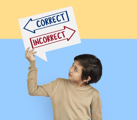 Arrows avant choice correct solution icône Banque d'images - 80754053