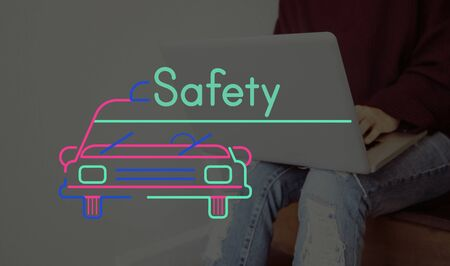 Person Connect Using Laptop and Car Graphic Stock Photo - 80718445