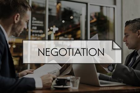 계약 협상 협상은 거래를 만든다.