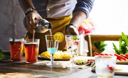Frische und saftige Frucht- und Cocktailzubereitung