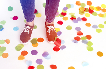 Confetti on the floor for party celebration Imagens