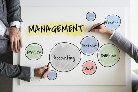 Business people with management concept Banque d'images - 113696157