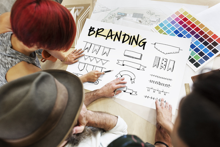 Projeto minimalista de marca registrada do produto de etiqueta criativa Foto de archivo - 81058320