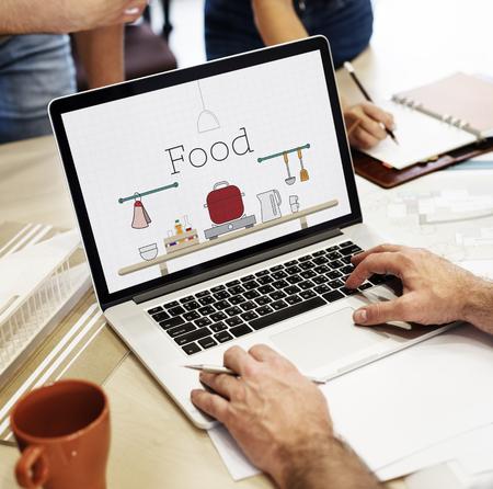 노트북에 부엌기구를 요리하는 음식의 그림