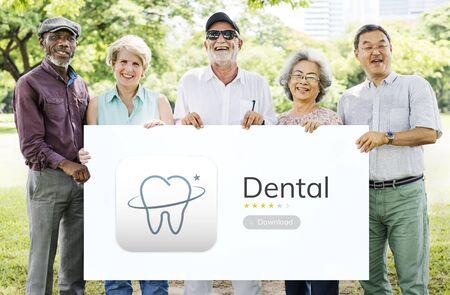 Illustrazione di cure odontoiatriche applicazione Archivio Fotografico - 81205151