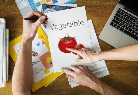 有機トマト ファーム製品野菜グラフィック