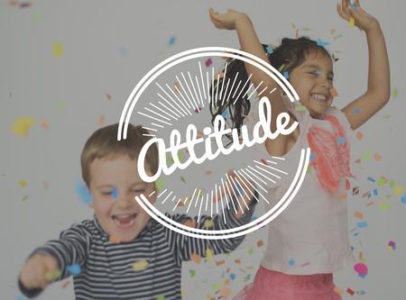 아이들은 행복을 누릴 수 있습니다. 긍정적 인 태도 Word Stamp Banner Graphic