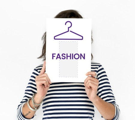 Illustration of fashionista online shopping store