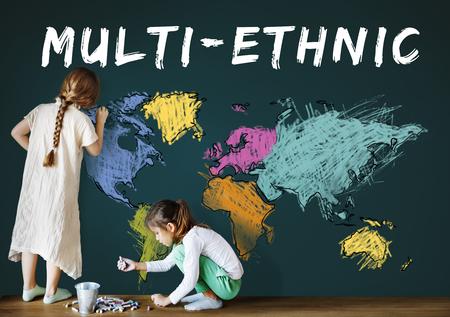 I bambini imparano l'istruzione con la cartografia mappatura grafica Archivio Fotografico - 81494918